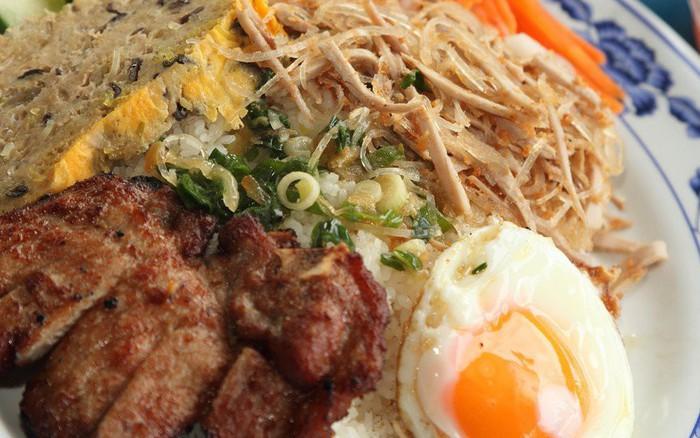 """Những món cơm Việt tên lạ """"muốn xỉu"""": món nghe như đánh nhau, món thì ..."""