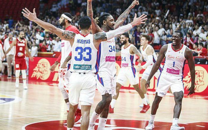 """Puerto Rico """"sống sót"""" vượt qua Tunisia ở cuối trận, chính thức giành chiếc ..."""