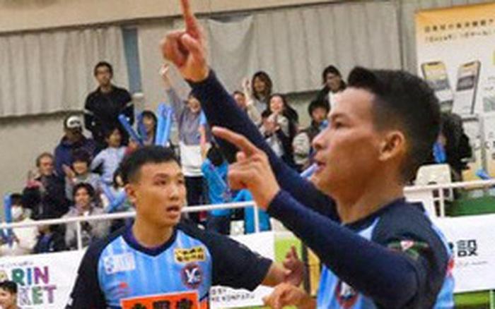 """Minh Trí, Thái Huy """"chào sân"""" ấn tượng trong màu áo Y.S.C.C. Yokohama tại ..."""