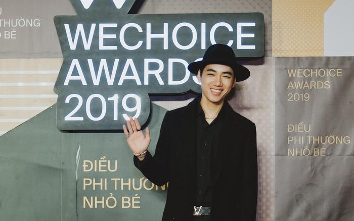 K-ICM diện vest bảnh bao, nổi bần bật với biểu cảm gây chú ý tại WeChoice Awards 2019