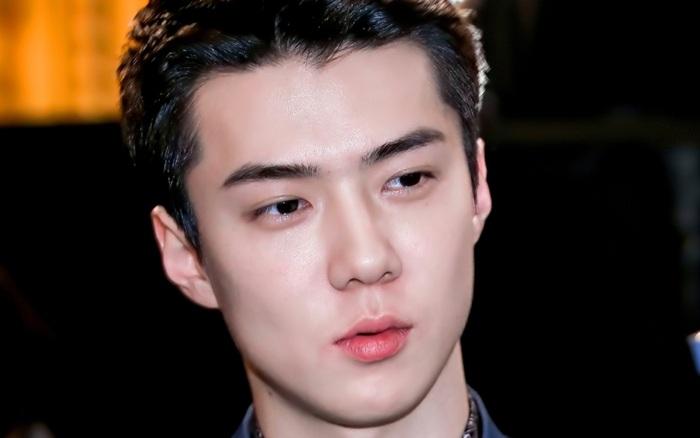 2 trai đẹp bùng nổ Weibo tối nay: Sehun (EXO) điển trai loá mắt bên cạnh nam tài tử ...