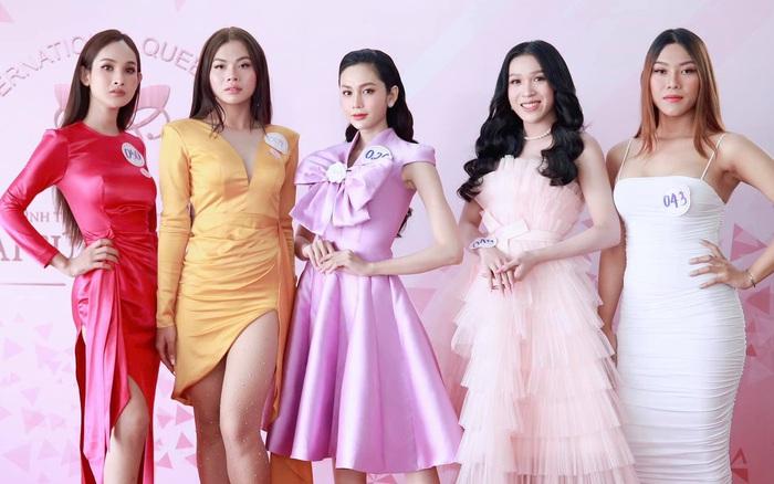 Loạt ảnh bên trong buổi workshop hé lộ nhan sắc thật dàn thí sinh Hoa hậu Chuyển giới Việt Nam, 2 mỹ nhân nổi nhất có như lời đồn?