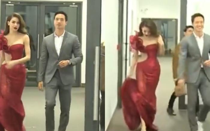 Hot lại clip Hà Hồ ríu rít cùng Kim Lý tại hậu trường sự kiện, hành động vô tư của đàng trai gây tranh cãi