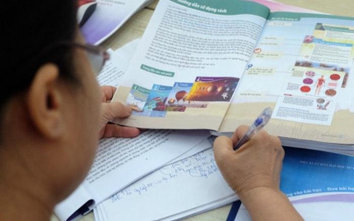 Bộ GD-ĐT đề nghị Hội đồng thẩm định xem xét kỹ ngữ liệu, ngôn ngữ Sách giáo khoa lớp 6 mới