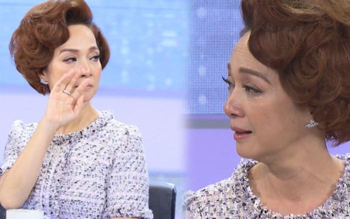 NSND Lê Khanh gửi lời xin lỗi đến khán giả sau 1 mùa Chị Em Chúng Mình