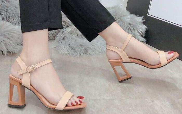 Dự báo 5 mẫu sandal nữ hot 2020, hội chị em không thể ngó lơ