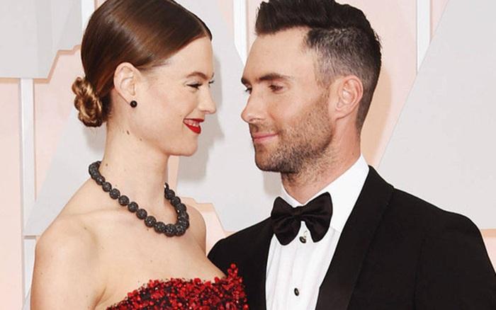 Rộ tin Adam Levine và bà xã thiên thần Victoria's Secret kém chục tuổi chuẩn ...