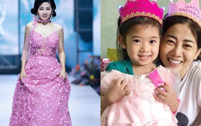 Đã có người trả giá 110 triệu cho chiếc váy Mai Phương từng catwalk lúc bệnh ...