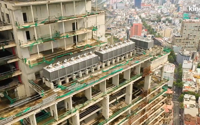 Flycam: Cận cảnh tòa nhà Saigon One Tower bị bỏ hoang gần một thập kỷ