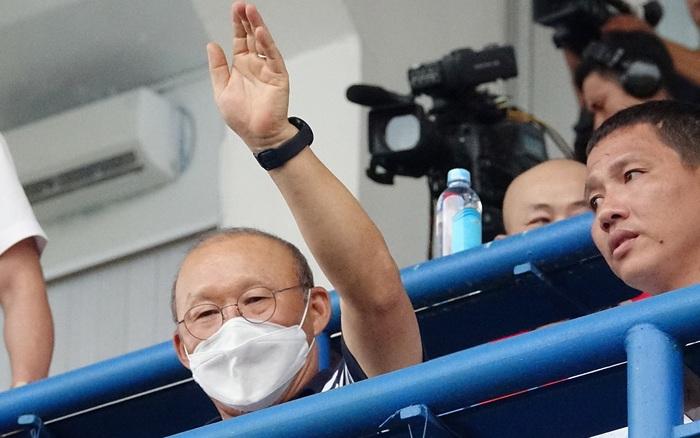 Tin từ phòng VIP sân Gò Đậu: Thầy Park đích thân thuyết phục ...