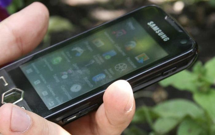 """Nhìn lại Samsung S8000 Jet: Chiếc """"phản lực"""" khiến cả những smartphone cũng ..."""