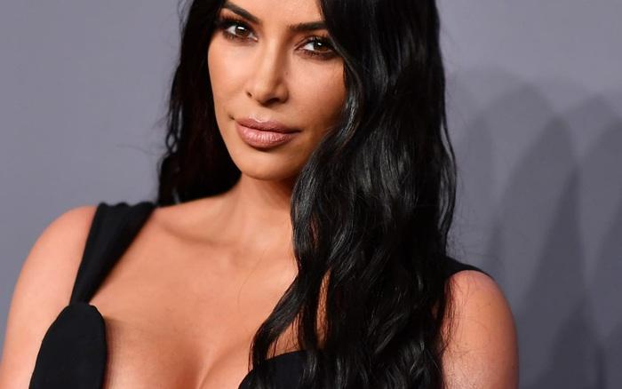 Tranh cãi tin Kim Kardashian chính thức thành tỷ phú đô la: ...