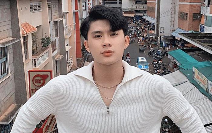 Sau ồn ào có bạn gái, Hoàng Trung - hot boy được yêu ...