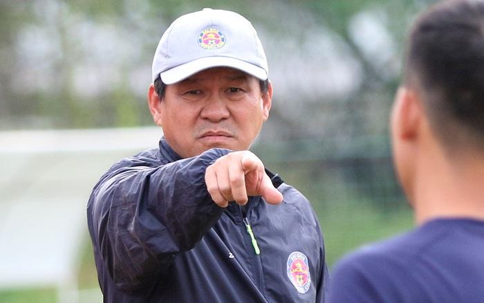 Chủ tịch kiêm HLV Sài Gòn FC tiết lộ cách chặn đứng dàn học ...