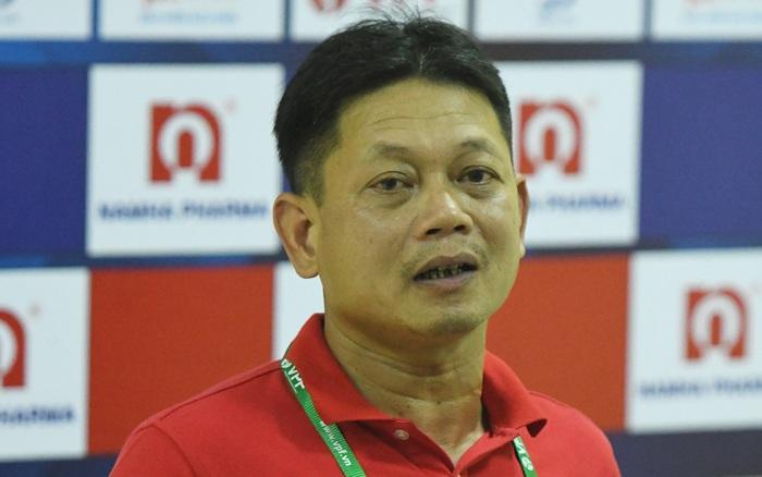 """HLV Nam Định nói về việc Quảng Nam làm lễ cầu may: """"Bỏ bùa ..."""