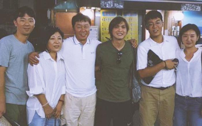 Tuấn Anh chia sẻ kỷ niệm đáng yêu với gia đình HLV Chung Hae-seong trong những ...