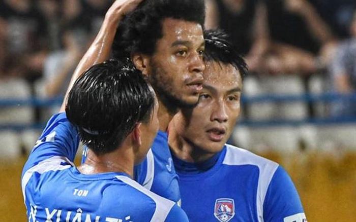 Mới thi đấu với Đà Nẵng tại V.League, Than Quảng Ninh lập tức nhận thông báo yêu cầu tự cách ly