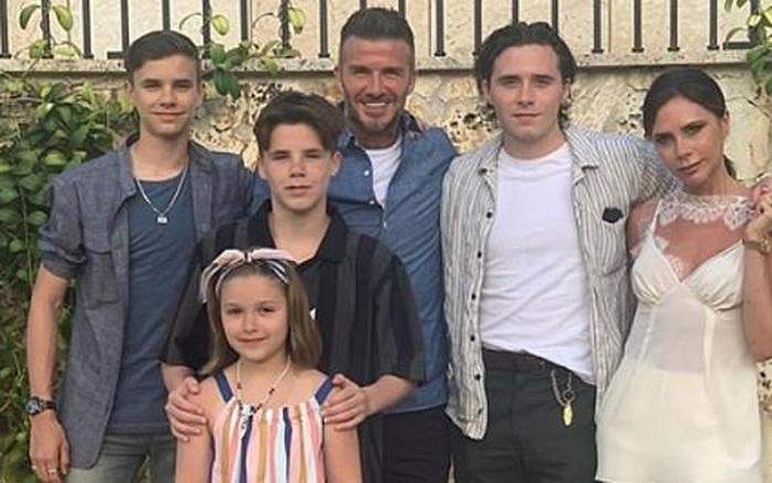 Cậu ấm nhà David Beckham đoàn tụ với gia đình sau 3 tháng ...