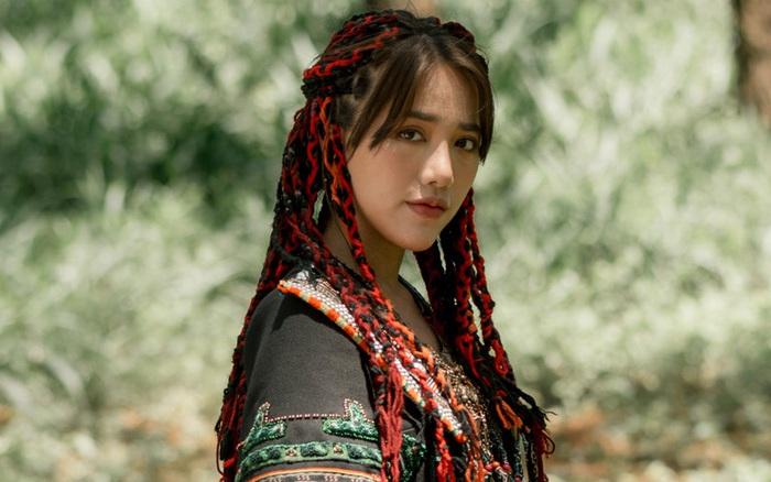 Phùng Khánh Linh tung MV ca khúc kết hợp với dàn producer