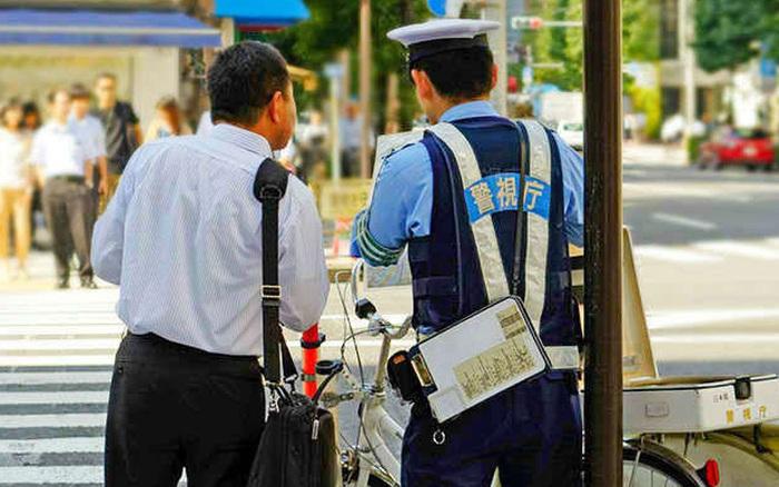 Người nước ngoài sống lâu năm ở Nhật Bản tiết lộ 5 điều bất ngờ nhất về quốc gia ...