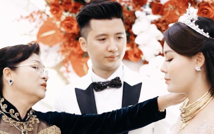 Mẹ Hà My từng khóc hết nước mắt khi trao con cho Trọng Hưng: