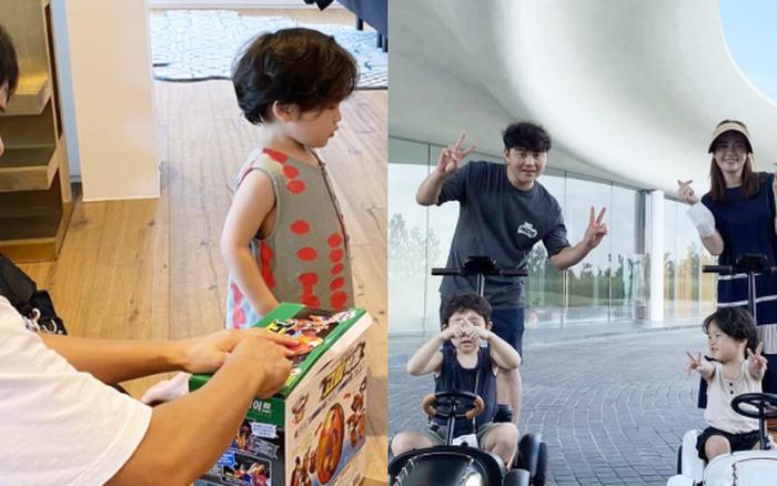 Song Joong Ki lộ diện khác lạ, dửng dưng đi chơi với gia đình sau khi bị Song Hye Kyo