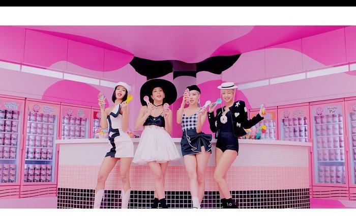 BLACKPINK và Selena Gomez đua sắc trong MV Ice Cream, nhạc bắt tai đậm chất mùa hè nhưng tiếp tục gây hụt hẫng vì... quá ngắn!