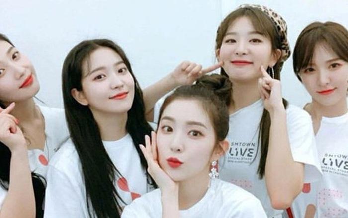 Red Velvet vừa nhảy vừa hát chay Bad Boy không nhạc đệm, vì chiều fan mà diễn ai ngờ thành sân khấu hát live để đời