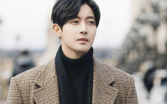 Nam thần Vườn Sao Băng lên top Naver vì hóa anh hùng đời thực: Cứu sống 1 mạng người trong gang tấc, Knet phải nể phục