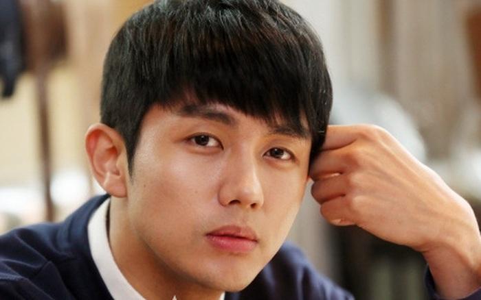 NÓNG: Nam idol của nhóm nhạc đình đám 2AM bị cảnh sát điều tra vì gây tai nạn chết người