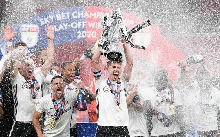 Xác định xong đội bóng cuối cùng dự Ngoại hạng Anh mùa tới sau trận cầu đắt giá nhất hành tinh