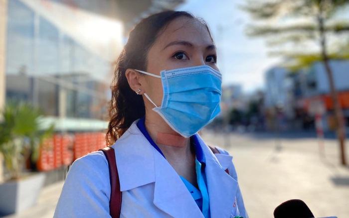 Nữ bác sĩ trẻ xinh đẹp ở Bình Định xung phong vào