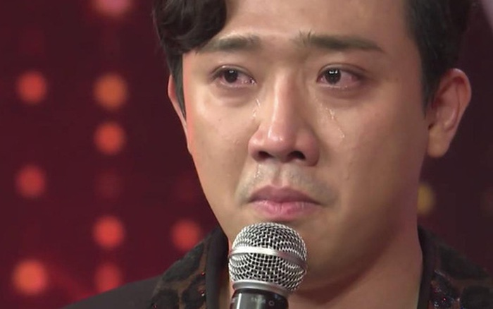 Trấn Thành nghẹn ngào kể chuyện con cái với Hari Won trên sóng truyền hình: