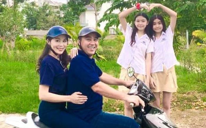MC Quyền Linh khoe ảnh gia đình hạnh phúc kèm tâm thư gửi bà xã Dạ Thảo: 15 yêu nhưng vẫn lãng mạn như thuở ban đầu!