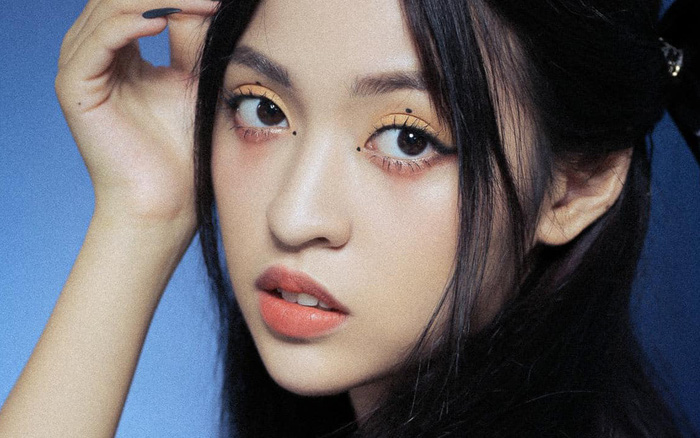 """Hot girl """"bắp cần bơ"""" thi The Face: Chủ đề thể hiện sự khác biệt nhưng lại gửi hình... cosplay Jisoo (BLACKPINK)"""
