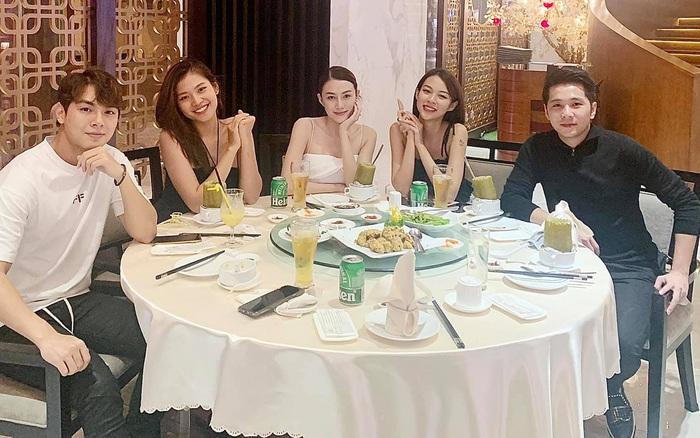 Team Hà Hồ hội ngộ sau 4 năm rời khỏi The Face: 2 cô học trò xinh đẹp nay đã trở thành bà mẹ 2 con