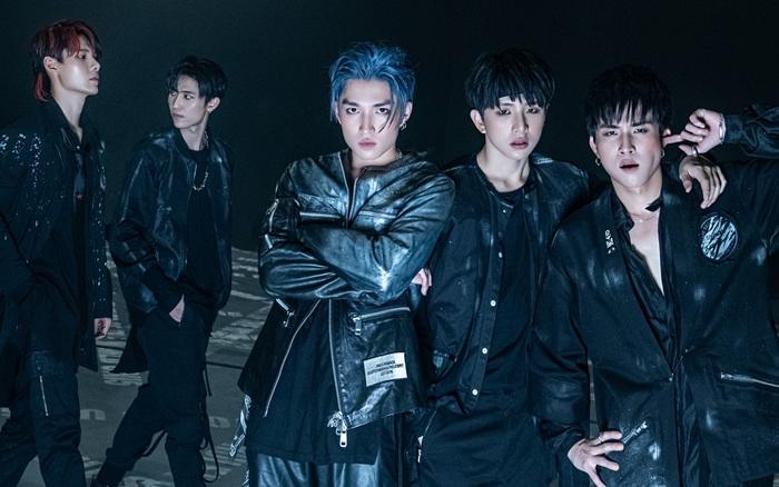 Uni5 comeback với MV đầu tư nhất sự nghiệp nhưng fan soi ra vũ đạo giống BTS và concept tương đồng Wanna One?