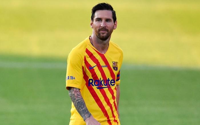 Messi rơi vào tình huống khó xử, nguy cơ vắng mặt cả 3 trận ra quân của Barcelona ở La Liga