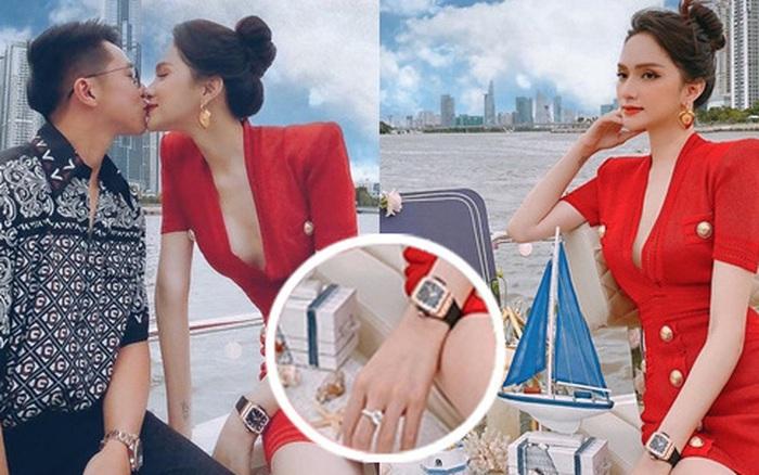 Hương Giang đúng là đại gia chơi đồ hiệu Vbiz: Đeo đồng hồ gần 1 tỷ dự tiệc du thuyền, nhẫn kim cương khủng nổi đâu kém
