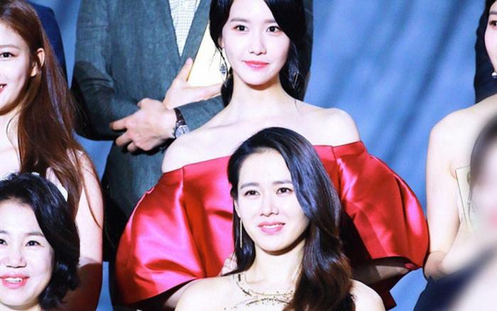 Clip quay vội Yoona (SNSD) ở Baeksang 2017 hot lại vì bữa tiệc visual đỉnh cao, ai dè
