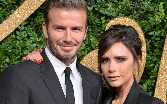 Động thái mới nhất của Victoria Beckham trước thông tin hai vợ chồng cùng nhiễm Covid-19 được báo chí Anh đăng tải