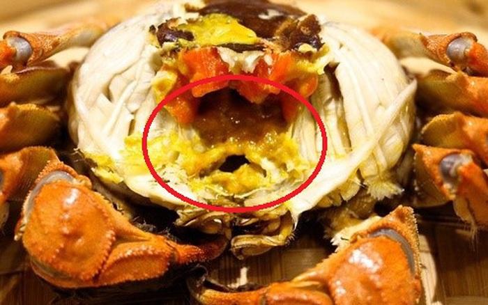 Ăn hải sản mấy chục năm ai nghĩ đơn giản PHẦN MÀU VÀNG trong con cua biển là ...