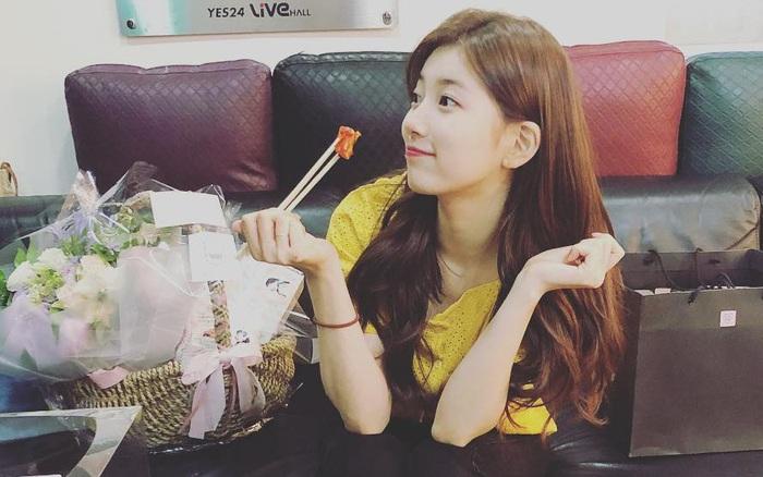 Suzy tiết lộ chế độ ăn 3 bữa hàng ngày của nàng, tưởng ít nhưng hóa ra cũng nhiều phết!