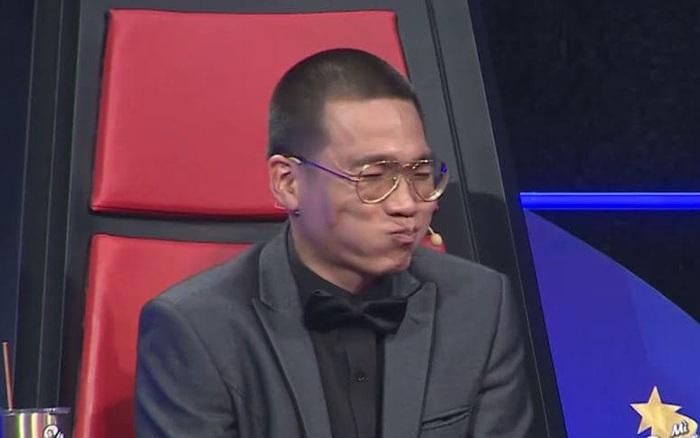 Wowy khiến fan phì cười với màn reaction