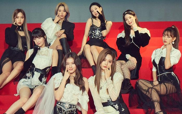 Bài mới Cry For Me của TWICE gây sốt nhưng Nayeon thẳng thừng tiết lộ sẽ không có MV, netizen bán tín bán nghi vì sợ bị lừa