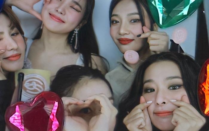 Red Velvet tái xuất đội hình 5 người, thái độ netizen dành cho Irene và Wendy khác nhau 1 trời 1 vực