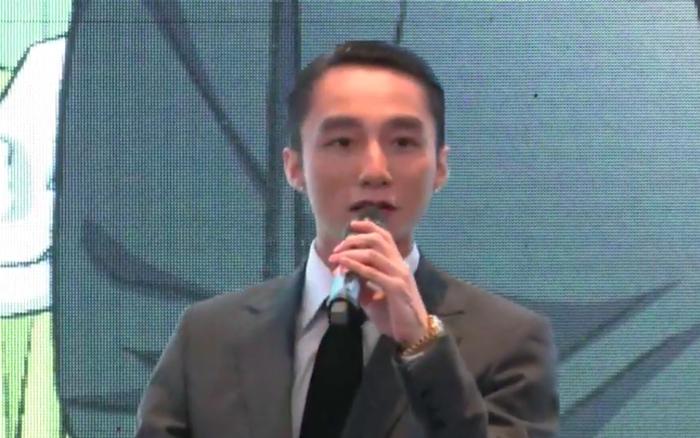 Chủ tịch Sơn Tùng M-TP dẫn theo Kay Trần, Hải Tú ra mắt truyện tranh Lạc Trôi, khẳng định đây là ca khúc tâm đắc nhất trong sự nghiệp