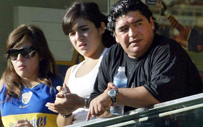 Bạn thân khẳng định Diego Maradona vẫn còn 2 người con chưa được thừa nhận - vietllot 655