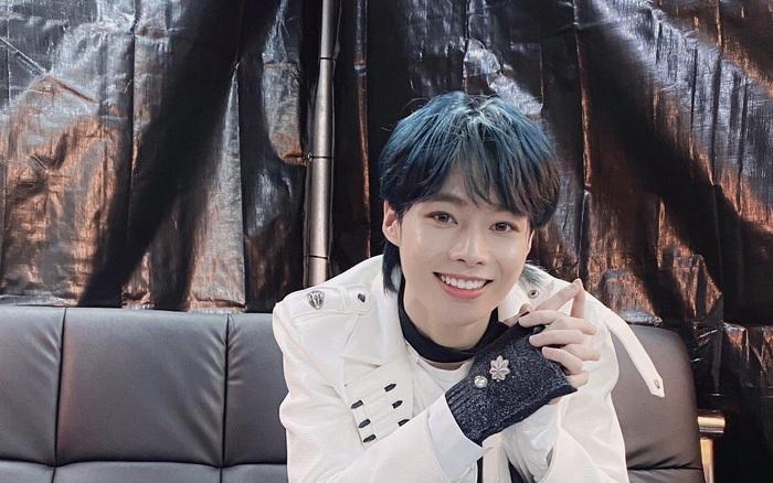 Hanbin có sân khấu ra mắt tại concert nhà Big Hit: Gửi lời chào đến fan Việt, được dân tình khen tiến bộ vượt bậc