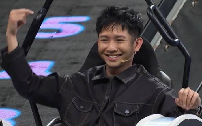 Ricky Star chơi Nhanh Như Chớp mà đáng yêu xỉu, đến Hari Won còn mê!